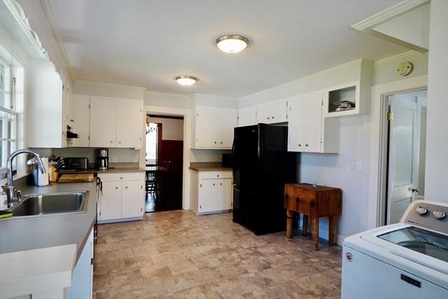 11 Laurel Street Marblehead MA 01945