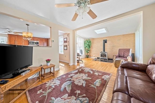 124 S River Street Marshfield MA 2050