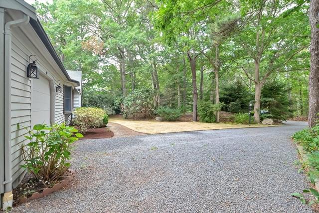 19 Pebble Path Lane Brewster MA 2631