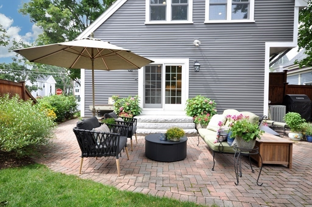 27 Pine Street Concord MA 1742