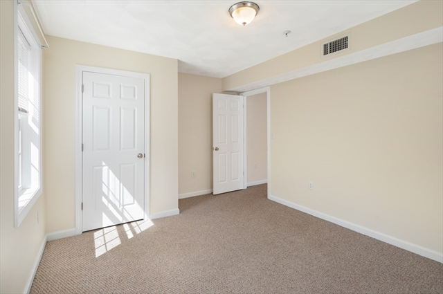 28 Oval Road Quincy MA 02170