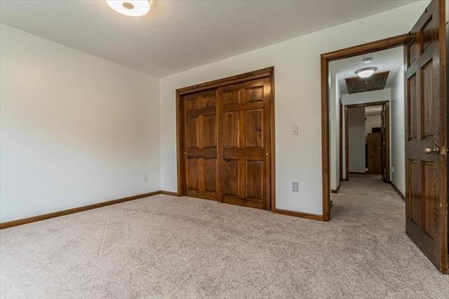 28 Pioneer Lane Auburn MA 01501