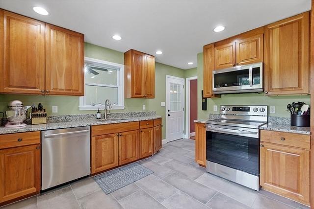 113 Groton Street Dunstable MA 01827