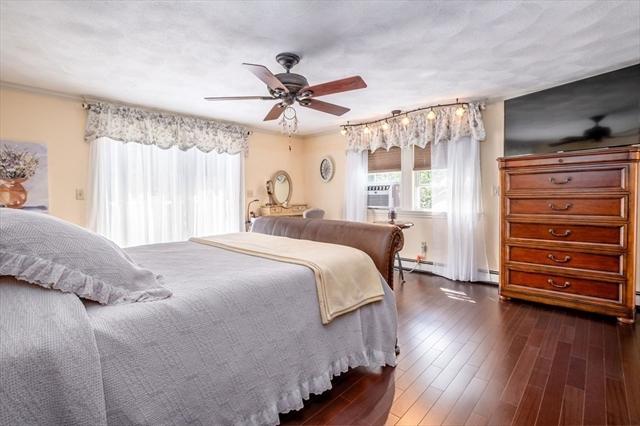 12 Hillside Way Wilmington MA 01887