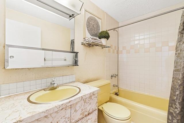 64 Main Stoneham MA 2180
