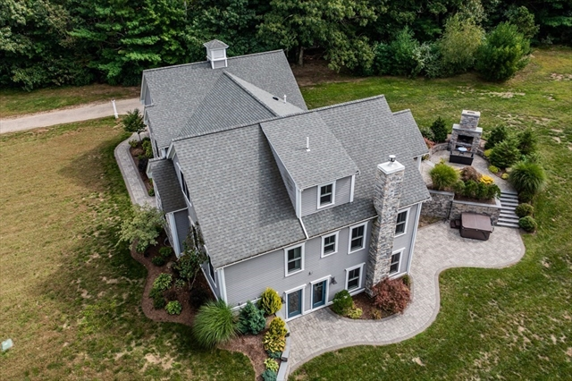 10 Clear Pond Road Lakeville MA 02347