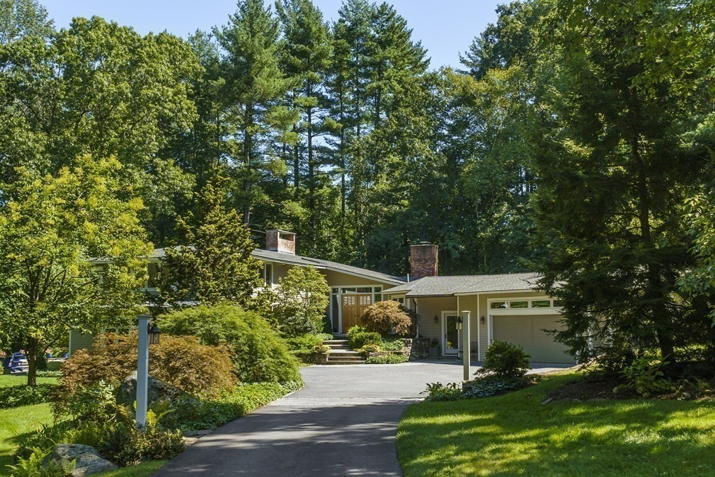 Photo of 50 Musterfield Rd Concord MA 01742