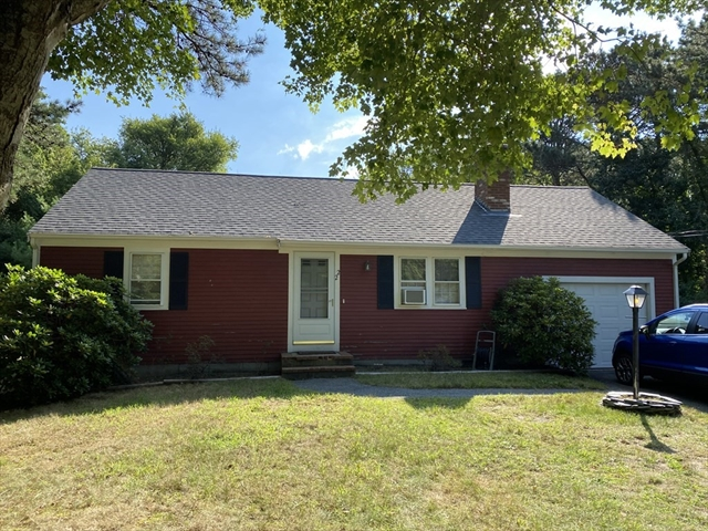22 Hoover Road Yarmouth MA 02673