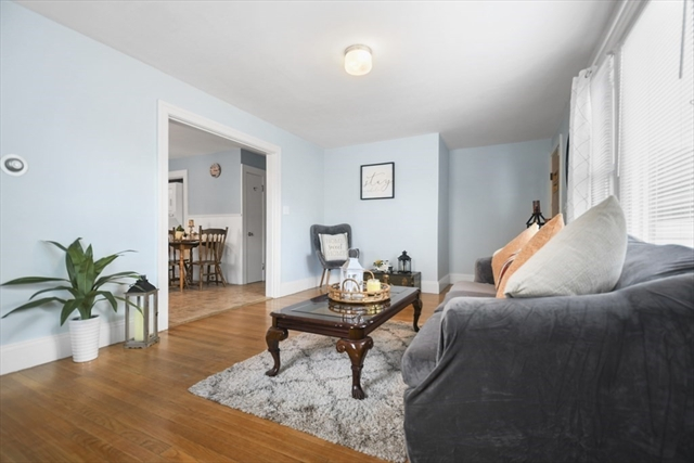 117 Fourth Avenue Lowell MA 1854