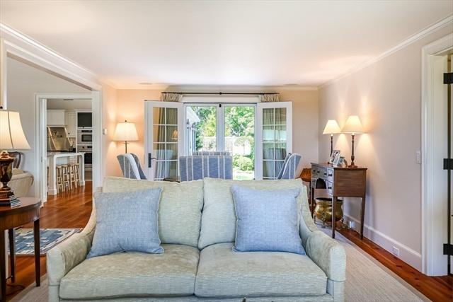 192 Sea View Avenue Barnstable MA 02655