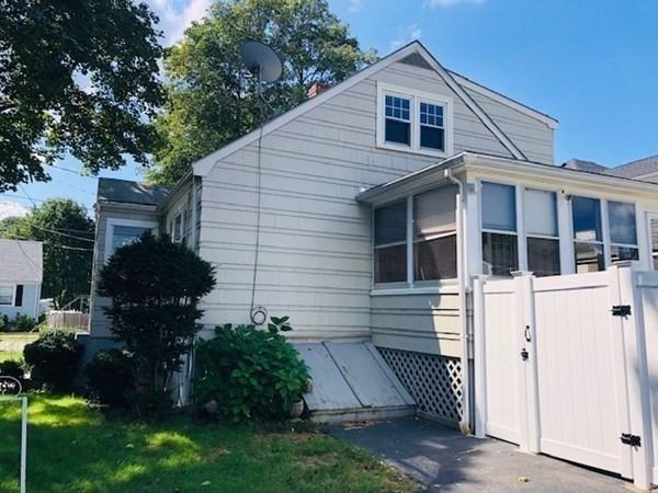 11 Lexington Avenue Peabody MA 01960