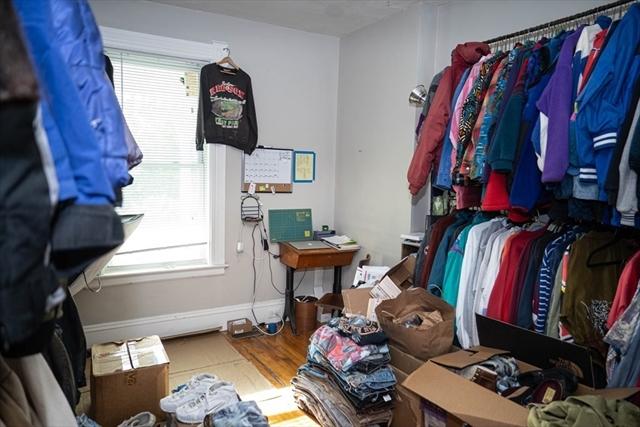 30 Uxbridge Worcester MA 01605