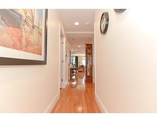 1306 Columbia Rd #1C, Boston, MA 02127
