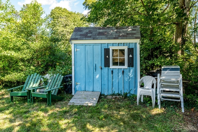160 Dunns Pond Road Barnstable MA 02601
