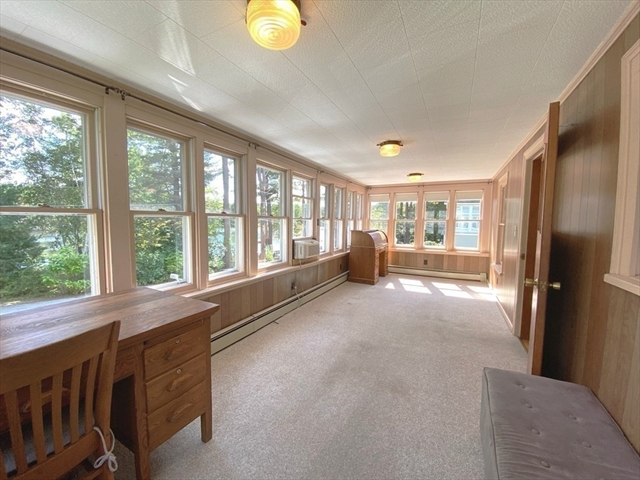 69 Lakeview Drive Leominster MA 1453
