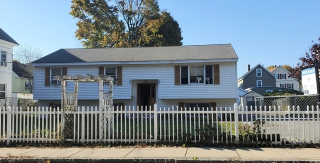33 Newhall Street Lowell MA 01852
