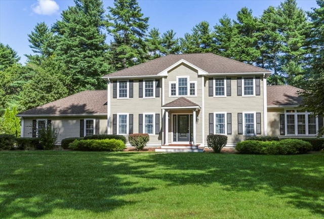 10 Commons Drive Carver MA 02330