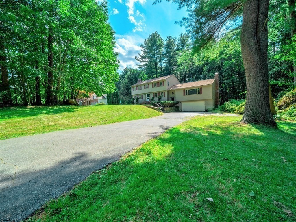 Photo of 81 Sawmill Rd North Andover MA 01845