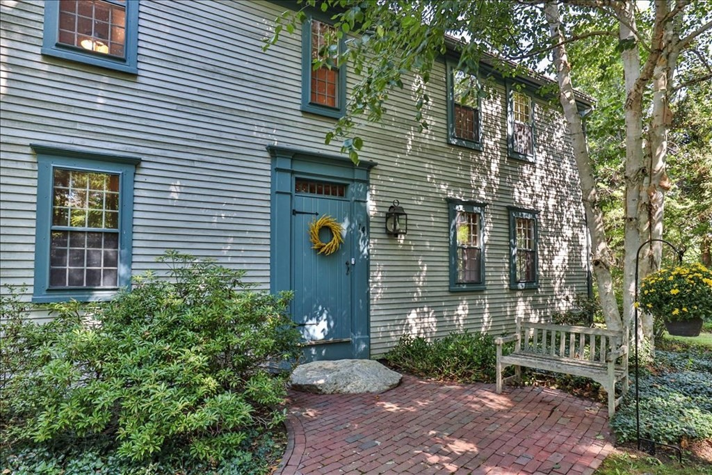Photo of 14 Tides End Ln Orleans MA 02653
