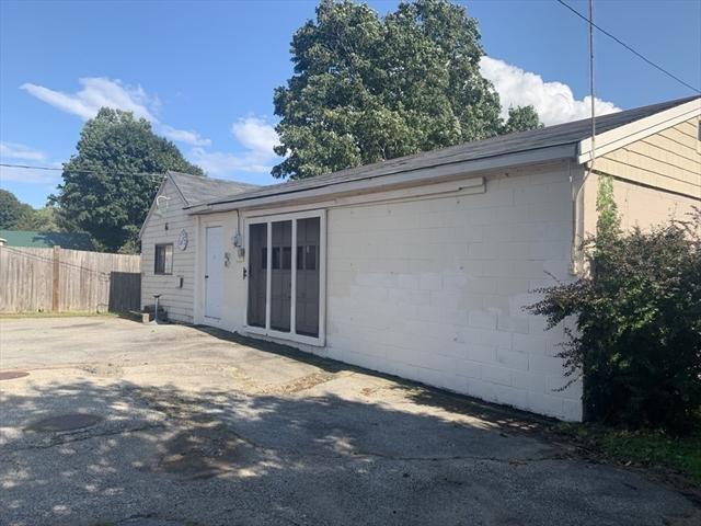 13 School Street Rowley MA 01969