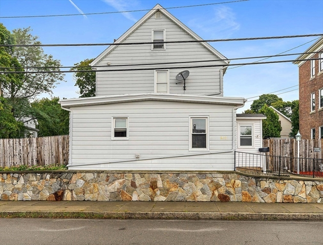 262 Anthony Street Fall River MA 2721