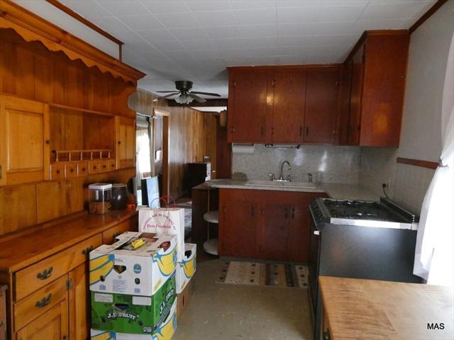 23 Townsend Street Fall River MA 2724