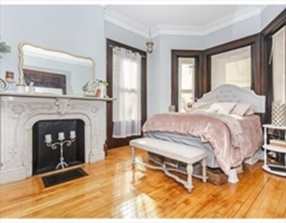 76 G Street Boston MA 02127