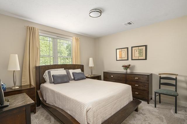 433 Tiffany Street Attleboro MA 2703