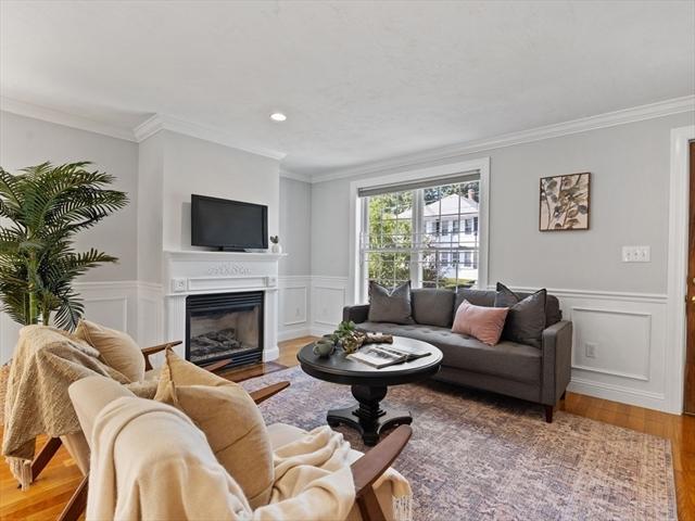 252 Roslindale Avenue Boston MA 02131