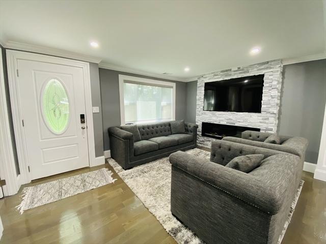 13 Gately Avenue Hudson MA 01749