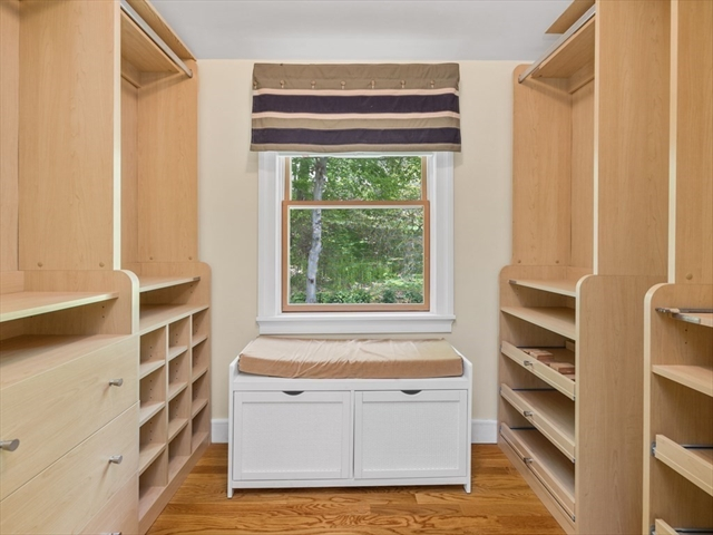 1005 - R Centre Street Boston MA 02130