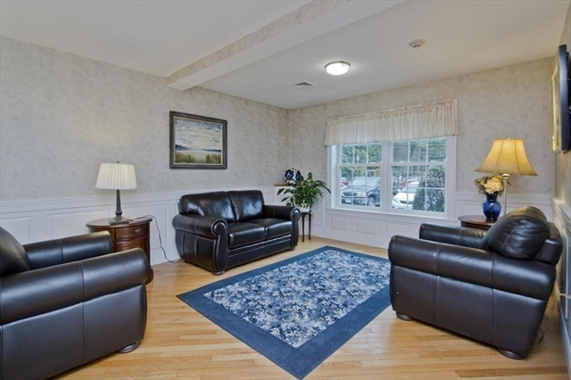 25 Greenleaves Drive Amherst MA 01002