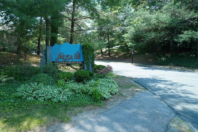 5206 Halcyon Drive Worcester MA 01606