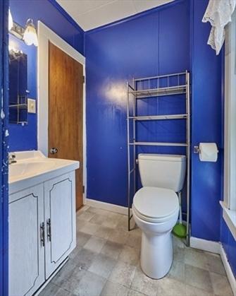 72 Vernon Street, Greenfield, MA: $229,900