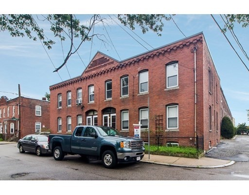 4 Beds, 2 Baths home in Boston for $989,900