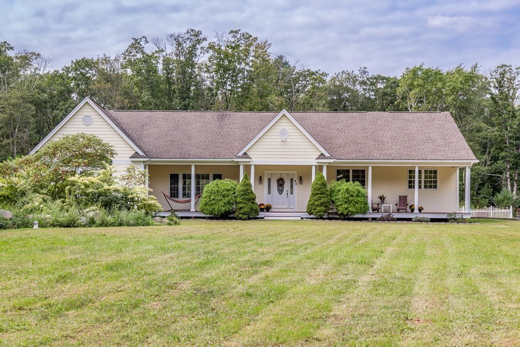 90 New St, Rehoboth, MA 02769