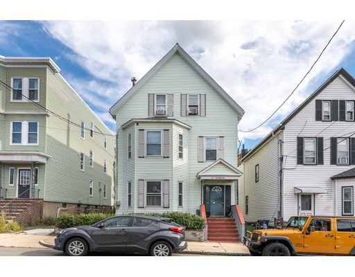 6 Beds, 3 Baths home in Boston for $924,999