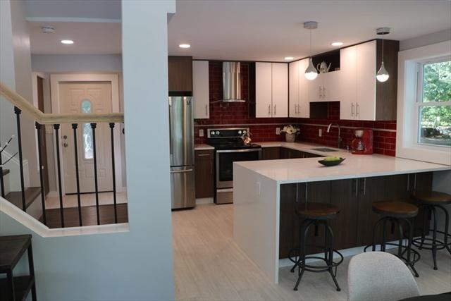 825 Merrimack Avenue Dracut MA 01826