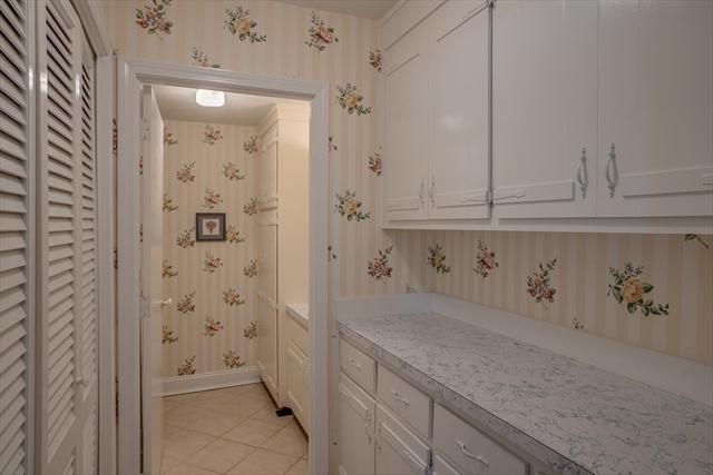 1489 Hildreth Street Dracut MA 01826