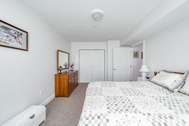 27 Greenleaves Drive Amherst MA 01002