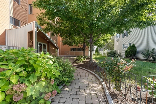 West Cambridge Properties For Sale