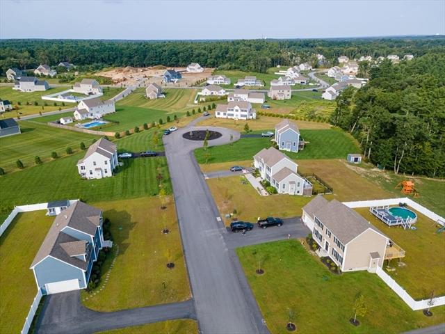 7 Sycamore Lane Bridgewater MA 02324