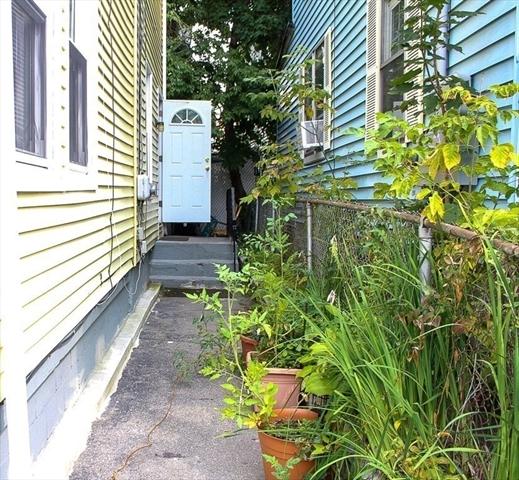 4 Rockdale Avenue Lowell MA 01854