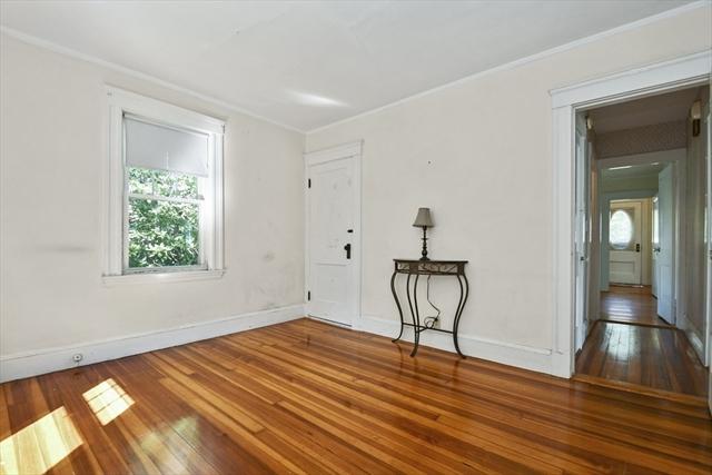8 Harold Avenue Woburn MA 01801
