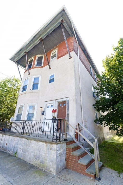 ***group showing 9/18/21 @ 1:30pm****Attention investors or owner occupied here we have a large three family with three bedrooms in each unit. Good size back yard to entertain or create more off street parking. Each tenant has laundry machines in the basement along with separate storage. Separate utilities. Nothing to do but move in and/or collect the rents. . Don't let this one pass you by it will sell quick.