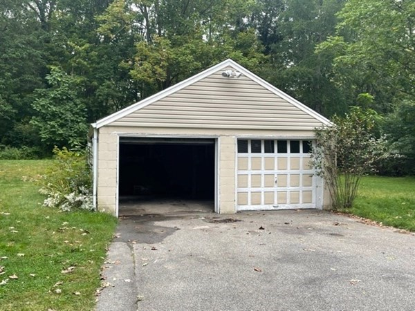 Great garage space for rent about 370 ft.² garage height is a little bit above 6 feet. Located in the wonderful area of East Bridgewater, this garage is great for storage for contractors or if you would like to store your antique cars or anything of that nature. No garage work including auto repair or any mechanical repair. The garage is for storage only. Owner will paint and do cosmetic work. Available now asking $500 a month required is first month, last month, $500 broker's fee.