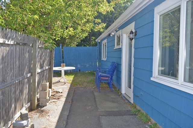 11 Parker Street Rockport MA 01966