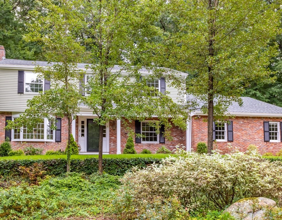3 Fife and Drum Road, Acton, MA 01720