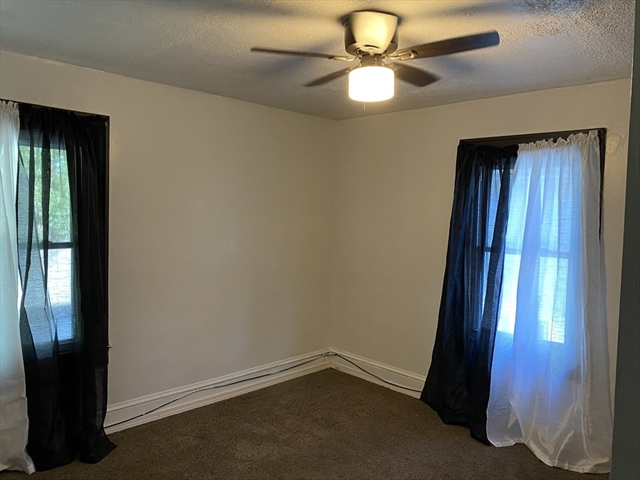 85 Mapledell Street Springfield MA 01109