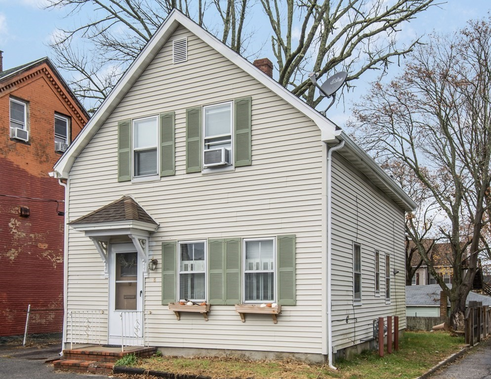 8 Jefferson St, Taunton, MA 02780